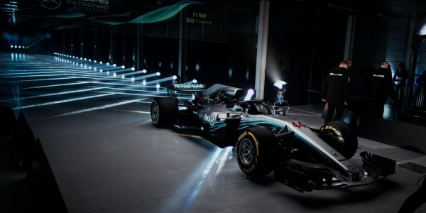 Mercedes F1 Factory Tour!